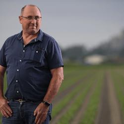 agriculteur-jean-francois-berthelot-679x427